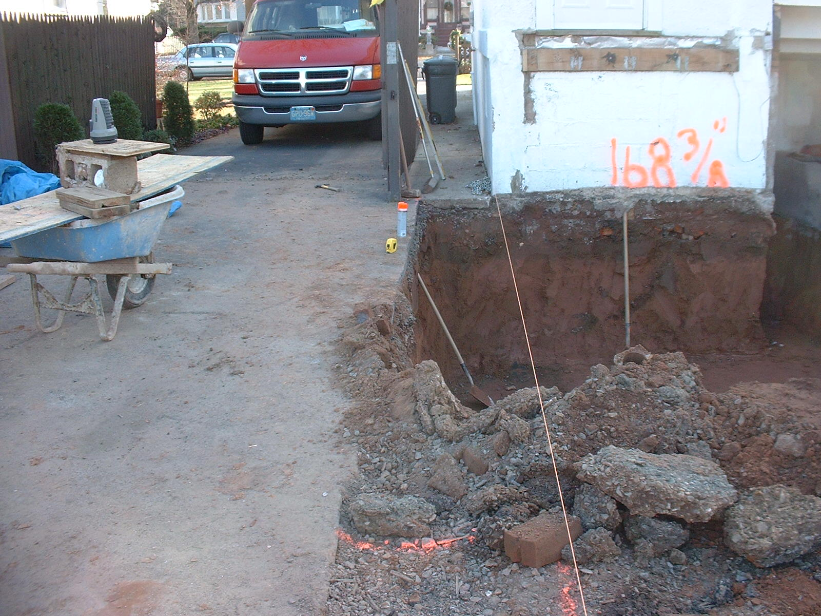 The hole for the basement is almost finished now. Just a few more hours of daylight to go!