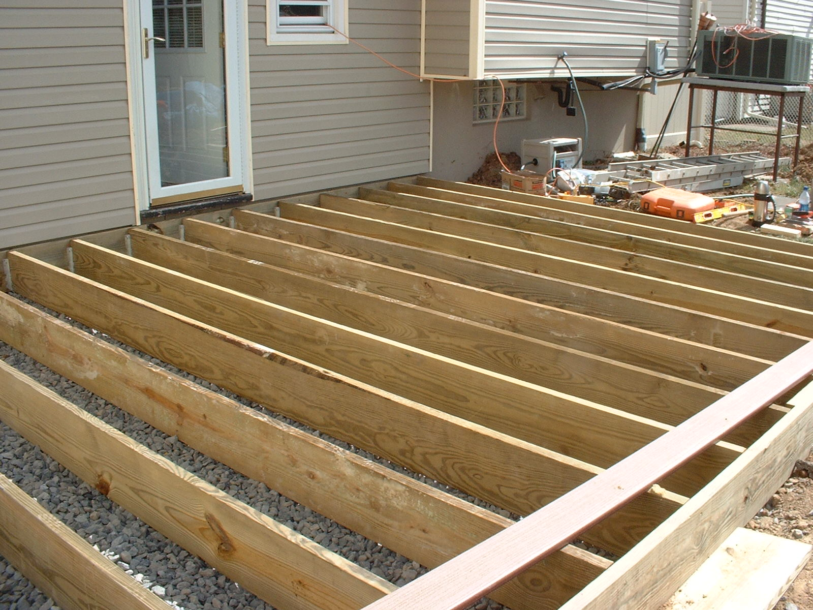 The frame is finished and the decking is started.