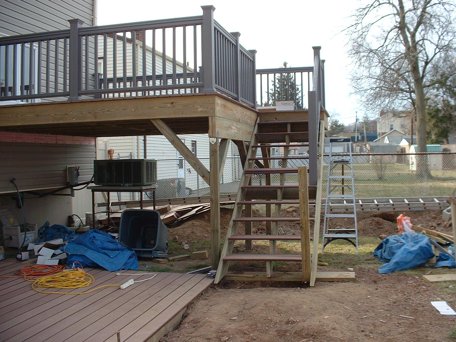 All the railings are finished on the deck, and now for the fun part....down the steps.