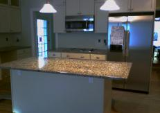 Just a better view of the almost finished kitchen.